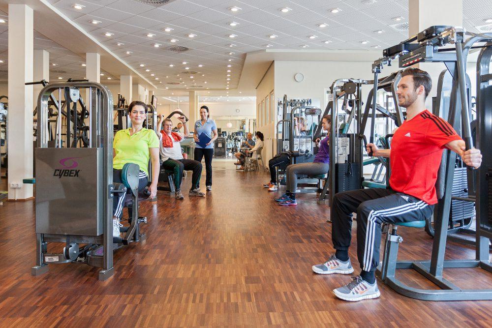 """Fotoshooting für Flyer Fitnessstudio """"Gesundfit"""" Turnerschaft Bergisch Gladbach"""